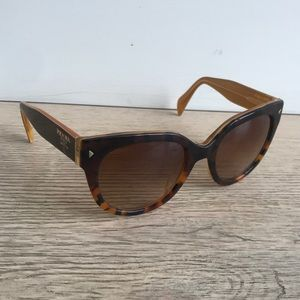 Cat Eye Ombré Tortoiseshell Sunglasses